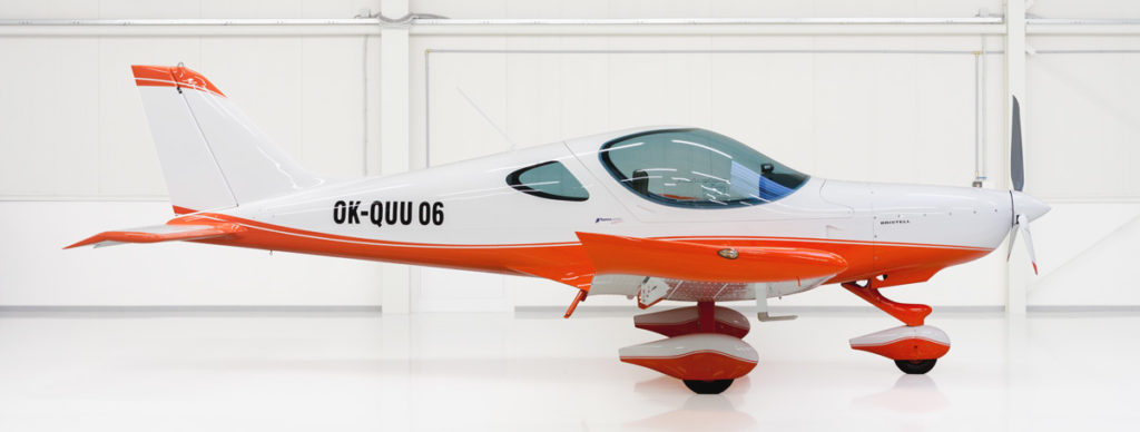 Ultraleichtflugzeug Bristell - weiß/orange