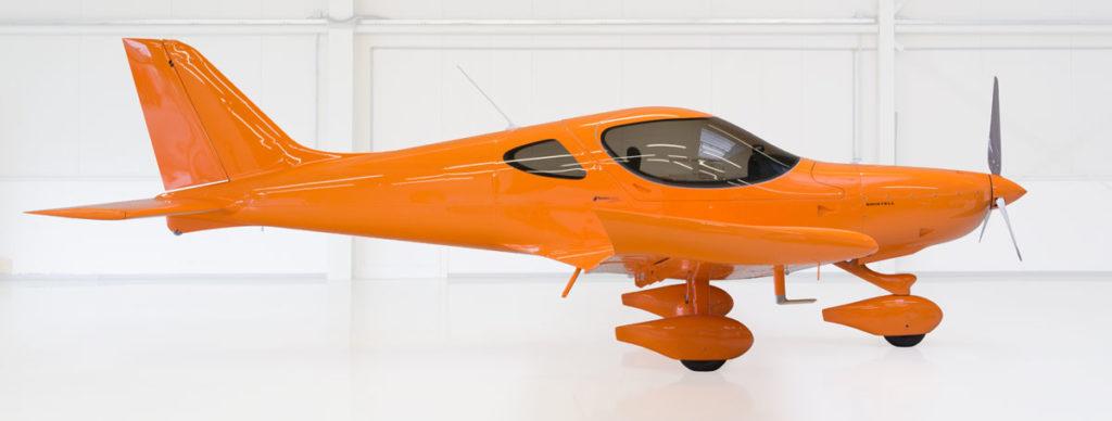 UL Bristell in orange